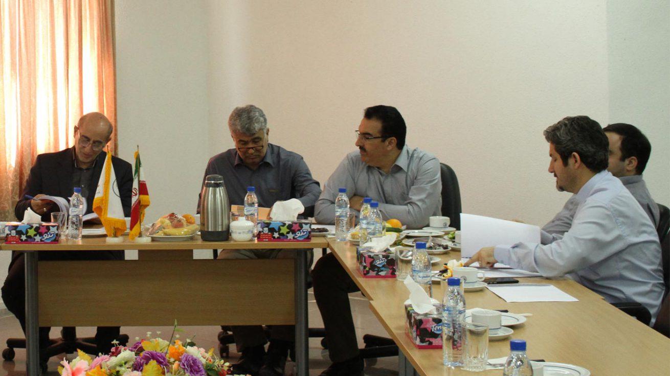 جلسه هیئت مدیره شرکت سیمان هرمزگان در محل کارخانه برگزار شد