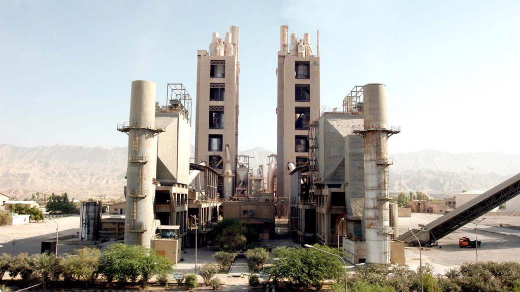 گزارش تصویری از فرایند تعمیرات خط 2 کارخانه سیمان هرمزگان