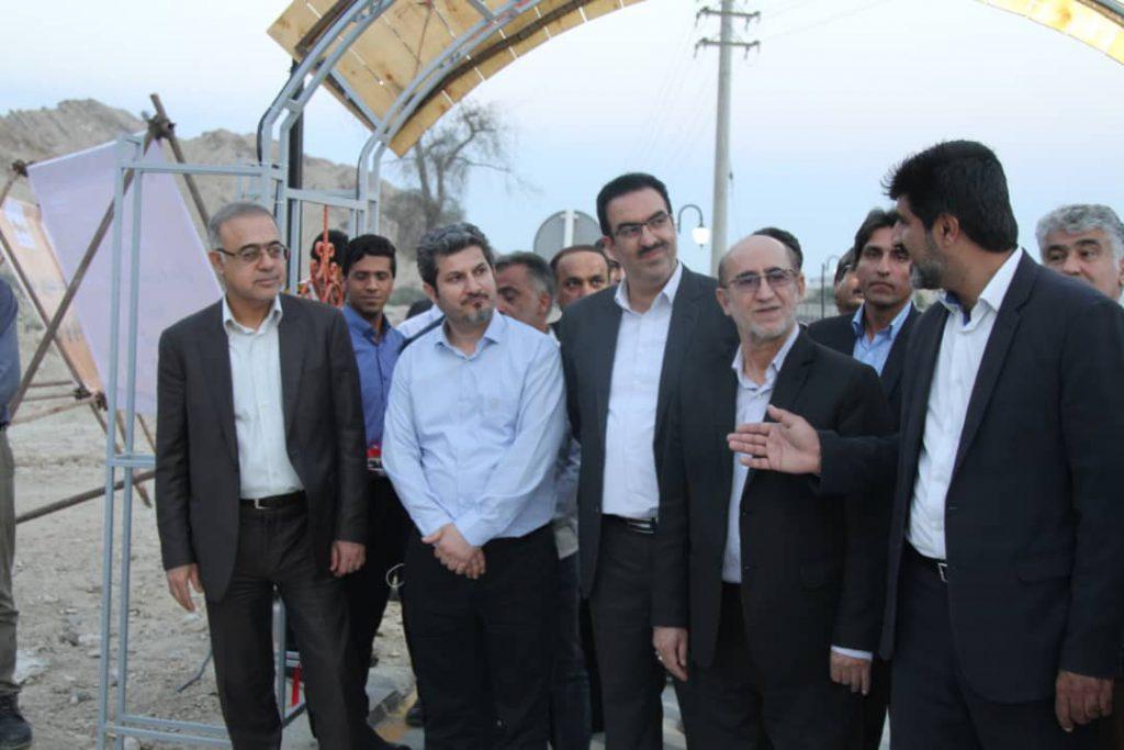 جاده سلامت سیمان هرمزگان و پروژه روشنایی جاده بندر خمیر به لشتغان افتتاح شد
