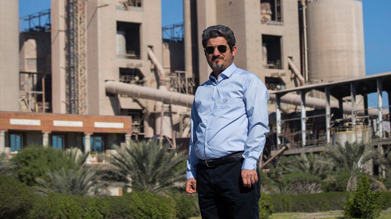 پیام تبریک مدیرعامل شرکت سیمان هرمزگان به مناسبت فرارسیدن روز کارگر